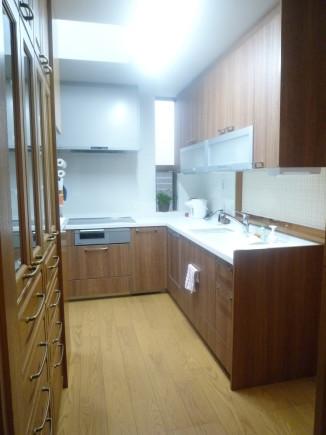入口側キッチン