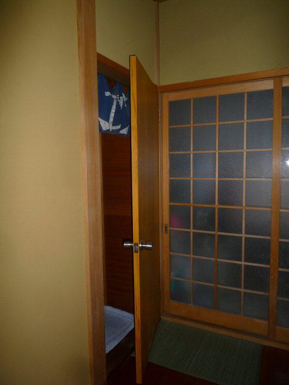 アウトセット引戸設置前(開き戸)の画像