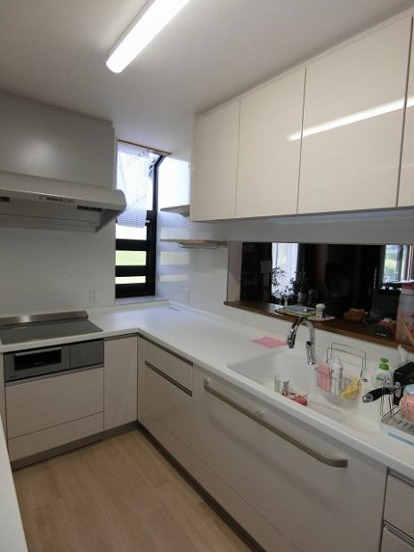 ベルテス L型キッチン